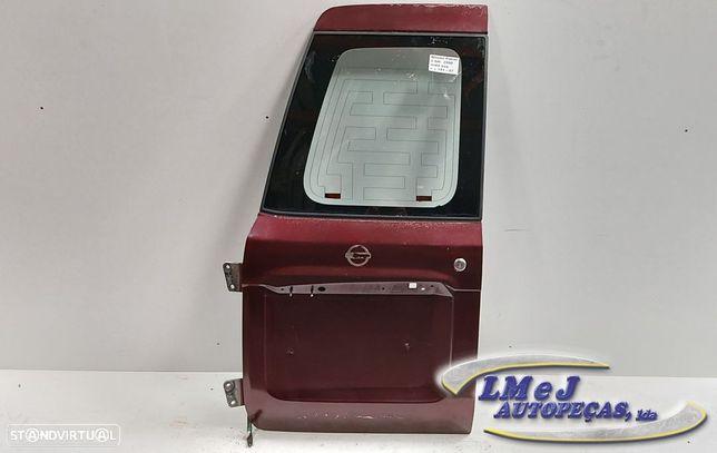 Tampa da mala Esq Bordeaux Usado NISSAN/PATROL GR V Wagon (Y61)/2.8 TD   06.97 -...