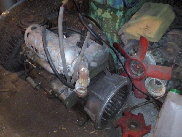 Silnik traktor dzik