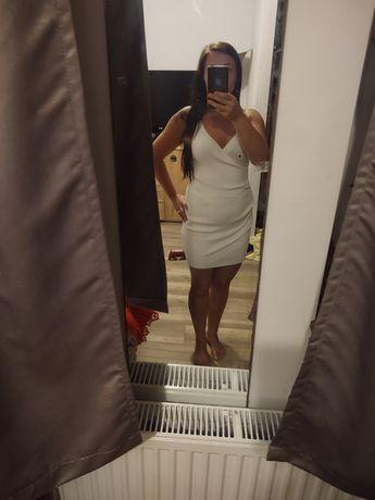 Ekstra biała sukienka jak lou