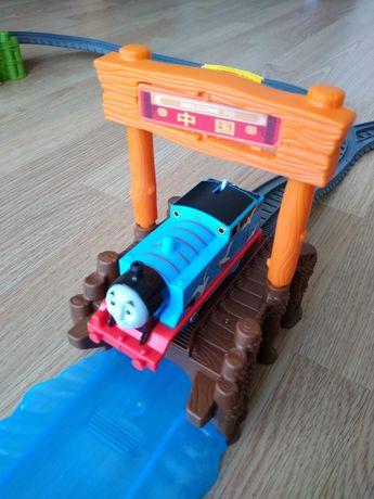 Tomek i przyjaciele- Statek i lokomotwa