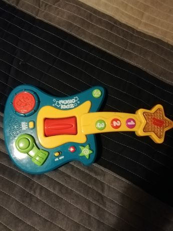 Interaktywna gitara grajaca