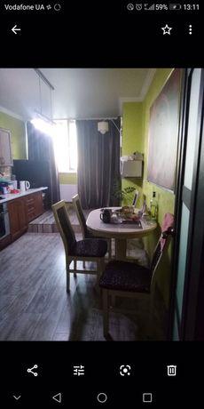 Продам 2-х комн квартиру  в Золотой Эре с ремонтом