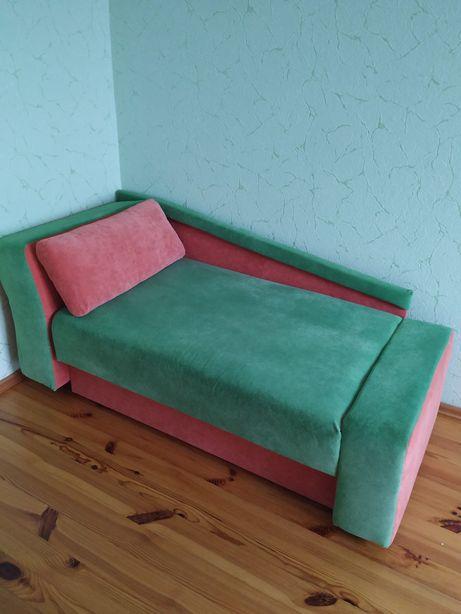 Дитячій диван