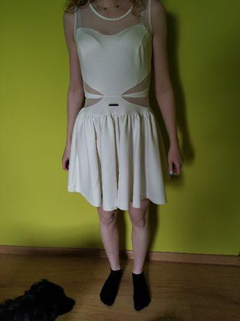 sukienka z wycięciem w talii XS ecru