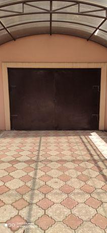 Продам гаражные ворота