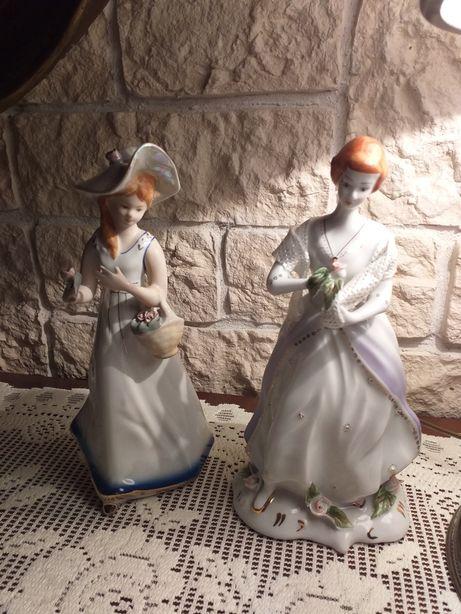 Porcelanowe damy.sygnatury pod spodem.