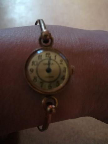 Часы женские Чайка