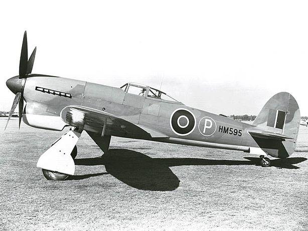 Сборная модель самолета Hawker Tempest 1/72