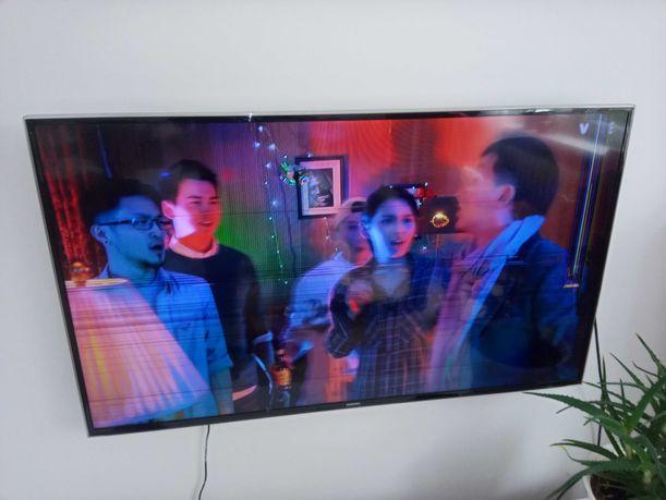 Sprzedam telewizor samsung 48 cali uszkodzona matryca