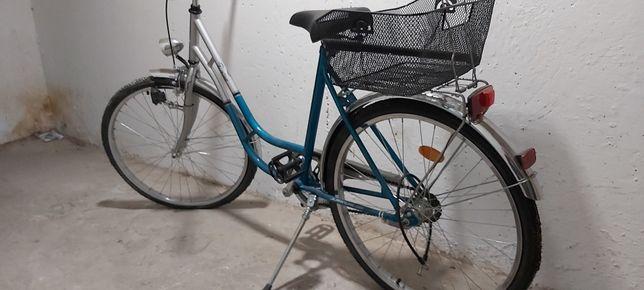 Rower damski oświetlenie z dynama
