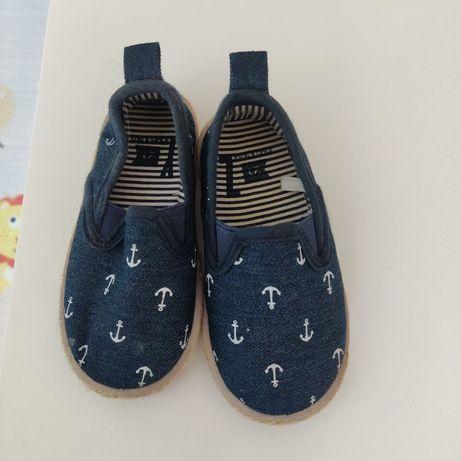 Sapatos bebé / menino tamanho 21 usados 1x