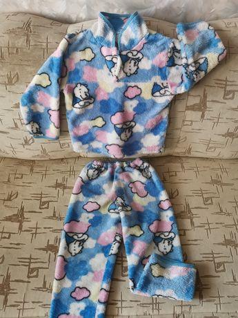 Пижама 3-4года на девочку.