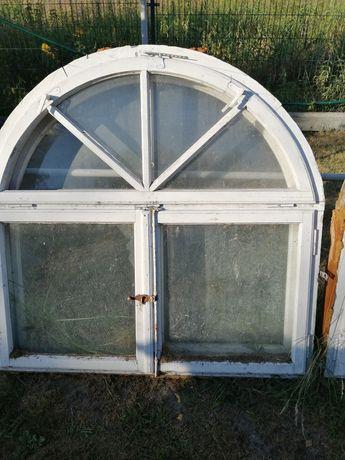 Okna z łukiem