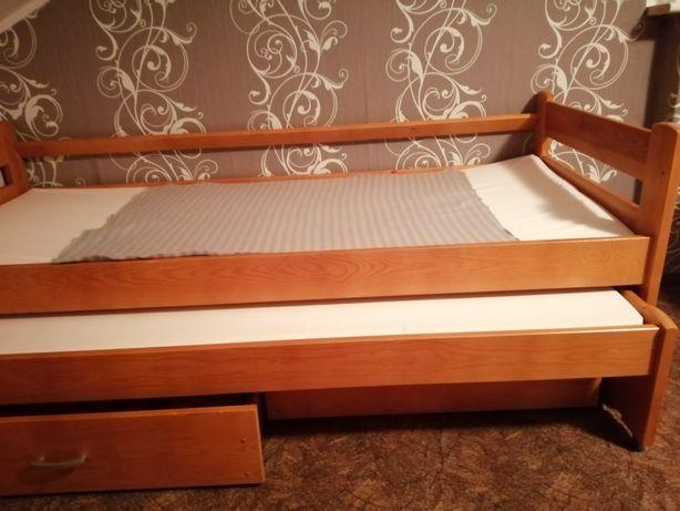 Łóżko wysuwane z szufladami