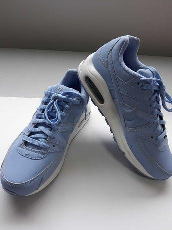 Nike Air Max CMMND Nº 39