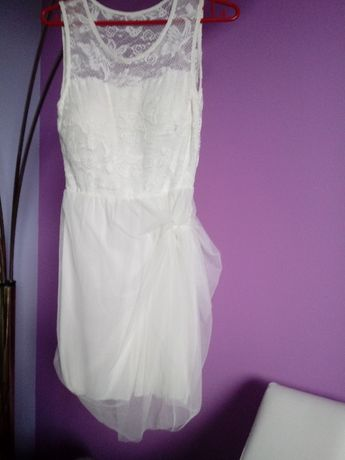 Suknia ślubna krótka idealna na zmiane po północy lub na ślub cywilny