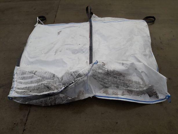Big bag można użyć pod korę zamiast włókniny