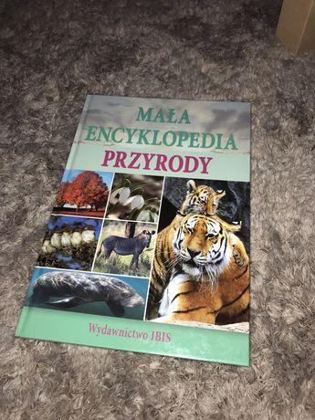 mała encyklopedia przyrody książka edukacyjna o zwierzętach