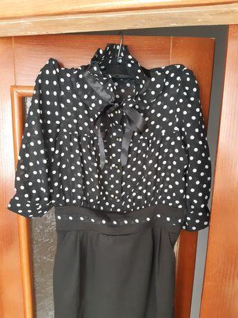 Платье размер м.