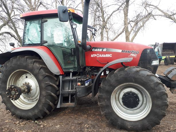 Продам трактор case 190