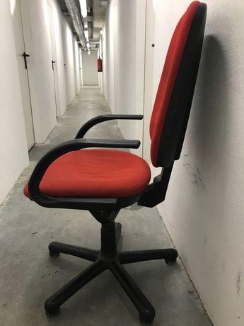 Cadeira bracos (gaming)
