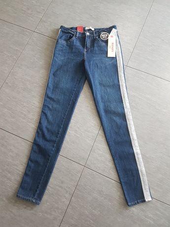 Sprzedam nowe spodnie Levis.