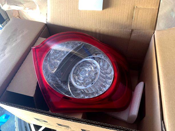 Lampa tył prawa Passat b6 kombi