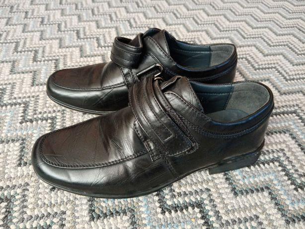 Buty dla chłopca, komunia, r. 34, wkł. 21, stan bdb
