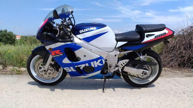 Vendo Suzuki gsxr 600