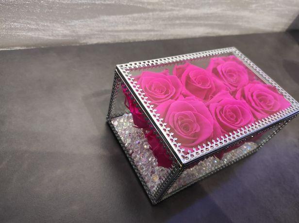 Róże Wieczne Flowerbox Kwiaty w pudełku Prezent Flower Box
