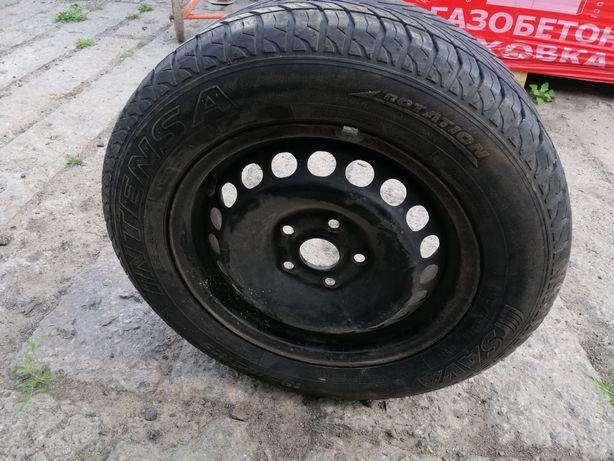 Резина с диском на фольксваген B5