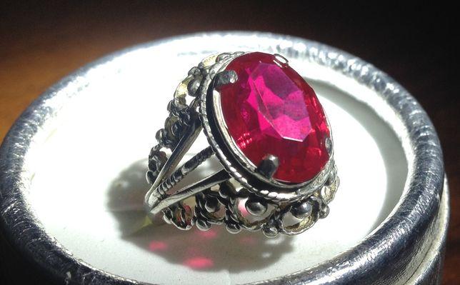 Перстень серебряный старинный с рубином СССР звезда серебро