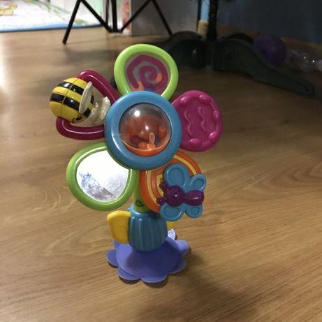 Игрушка присоска на стол