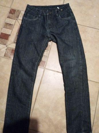 Spodnie jeansowe r. 152 firmy 51015