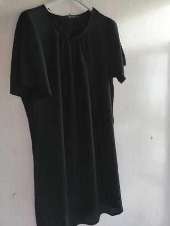 Vestido preto de senhora