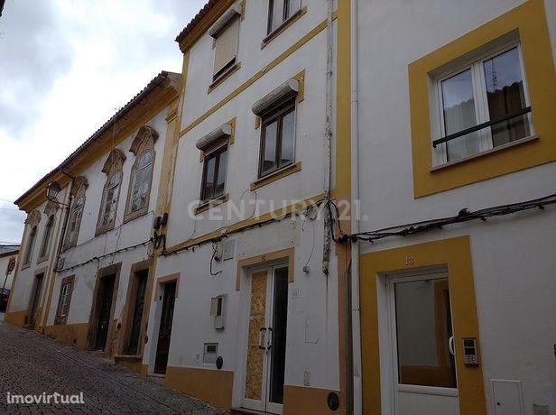 Prédio no Centro Histórico de Portalegre