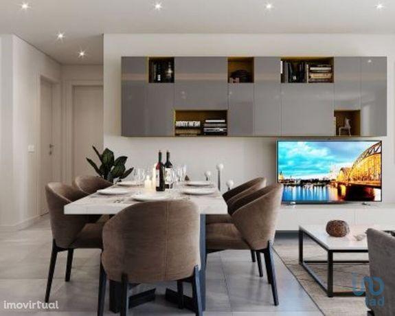 Apartamento - 88 m² - T2