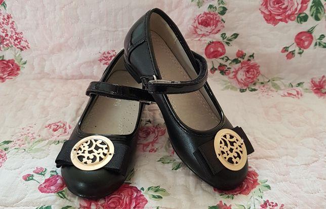 Туфли в новом состоянии 16,5 см стелька