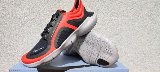 Buty Nike Nike Free RN 5.0 Shield r. 41, 44 nowe do biegania adidasy