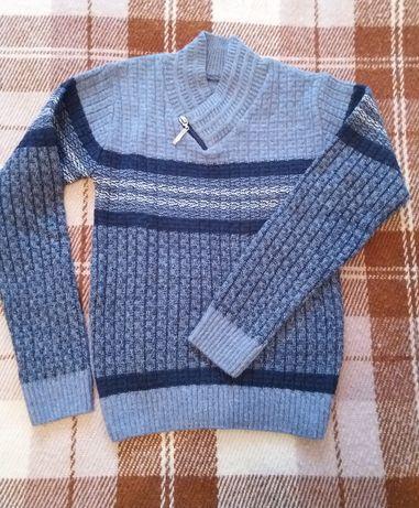Джемпер свитер на мальчика 6-7лет новый!!!