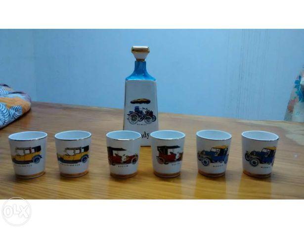 Louça de Alcobaça - Garrafa e 6 copos de Brandy (Antigos)