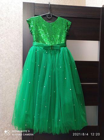 Платье пышное платье