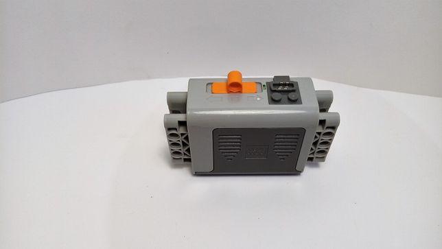 Lego 8881 Technic Power Functions Battery Box Pojemnnik na baterie