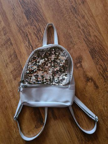 Рюкзачёк для девочки с паетками