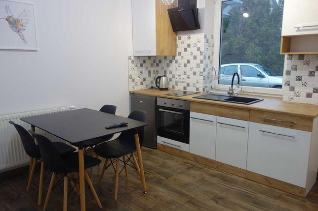 Noclegi Pokoje Apartament Kwatery pracownicze Mieszkanie Wynajem