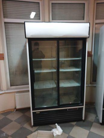 Холодильный шкаф ларь
