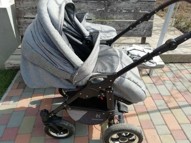 Детская коляска 2 в 1 Victoria Gold Saturn Len