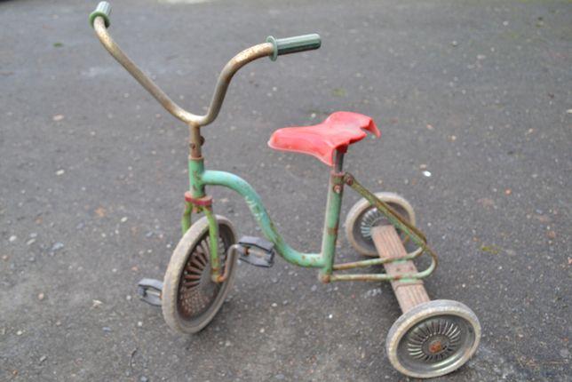 Stary dzieciecy rowerek OLA z PRL-u