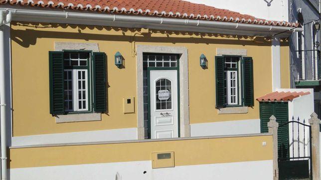 Casa típica de aldeia em Fanhões