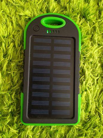Продам power bank на солнечной батарее